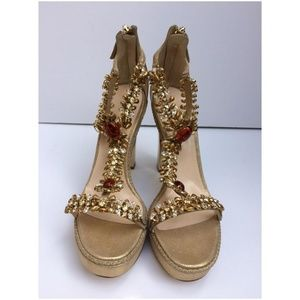 Oscar de la Renta Crystal Jewel Embellished Sandal